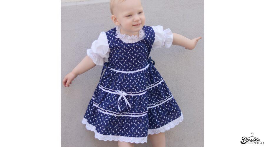 28bc15b165 Sötétkék színű, tulipános kékfestő mintájú lány ruha - Kék- és ...