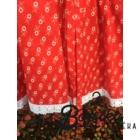 Piros színű, apró virágos, kicsit pörgős néptáncos szoknya megkötővel (200 cm körben)
