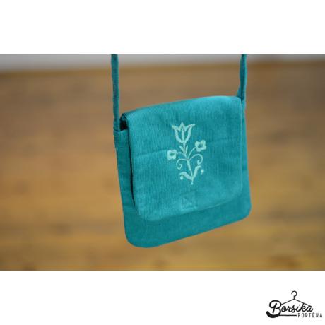 Világos türkizkék, kordbársony táska türkiz hímzéssel