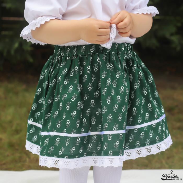 Zöld színű, apró virágos, zöldfestő mintájú néptáncos szoknya (NEM pörgős, 150 cm körben)