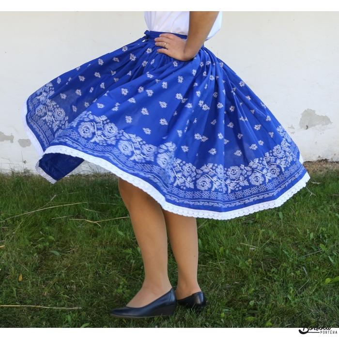 Borsika Porték - középkék bordűrös, kékfestő mintás EXTRA PÖRGŐS, villantós néptáncos szoknya (440 cm körben, 3 széhossz)